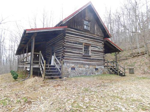 One Kind Log Cabin Laurel Springs : Laurel Springs : Ashe County : North Carolina