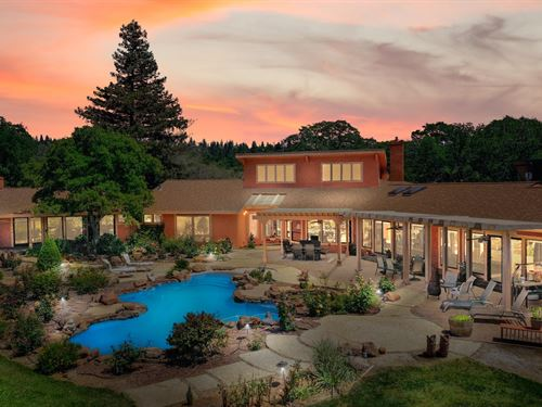 20+ Acres Luxury Equestrian Estate : Grass Valley : Nevada County : California