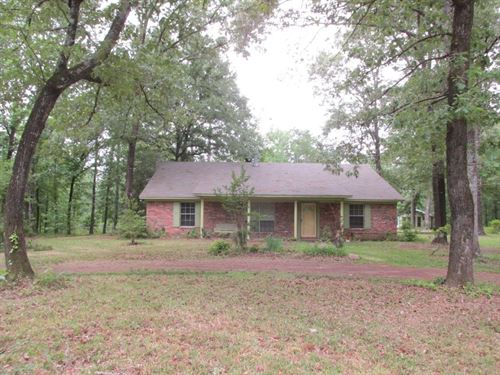 House, Cottage, Acreage East Texas : Palestine : Anderson County : Texas