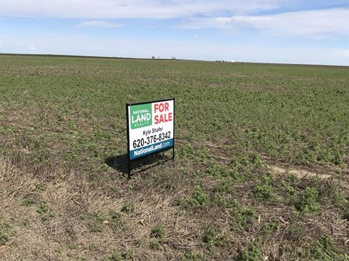 Dry Land Farm Ground For Sale in Fi : Holcomb : Finney County : Kansas