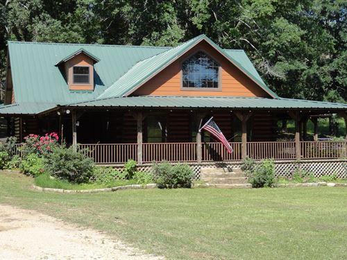 East Texas Country Home & Land : Alto : Cherokee County : Texas