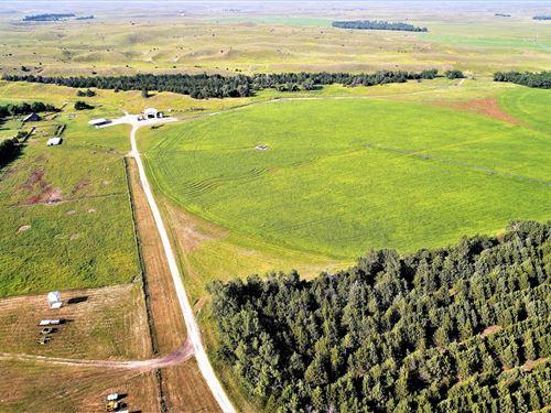 Nebraska Sandhills Farm & Ranch : Stapleton : Logan County : Nebraska