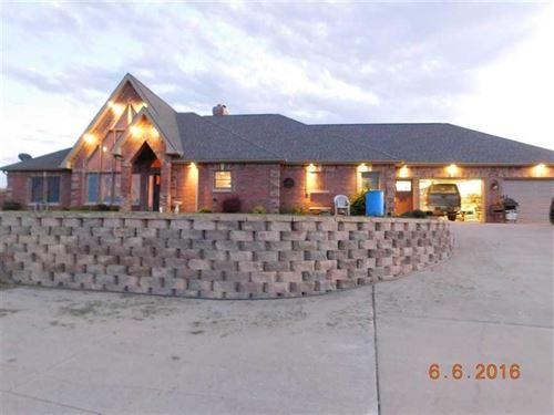 Custom Ranch Home In Buchanan : Agency : Buchanan County : Missouri
