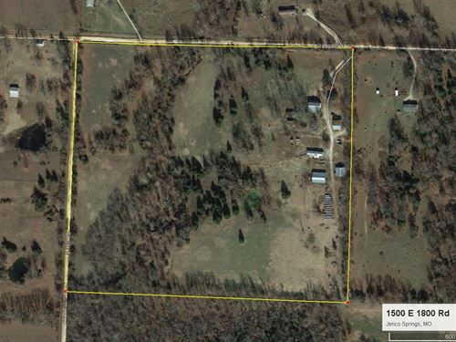 Large Country Home on 40 Acres : Jerico Springs : Cedar County : Missouri