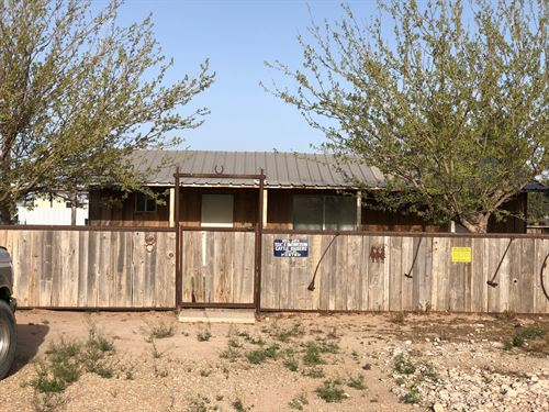 Horse Property Carlsbad NM : Carlsbad : Eddy County : New Mexico