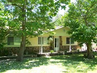 Comfortable Country Cottage On 5 Ac : Yellville : Marion County : Arkansas