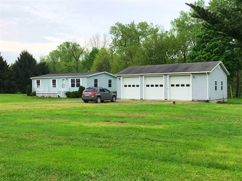 Ranch Style Home, Large 3 Bay : Owego : Tioga County : New York