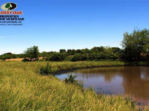 66 Acres Pasture in Neosho Cou : Chanute : Neosho County : Kansas