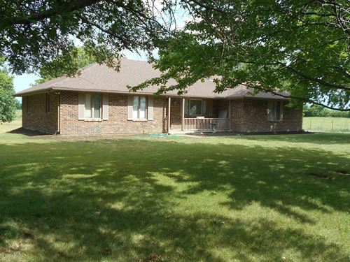 20 Pasture Acres & Custom Brick : Cameron : Clinton County : Missouri