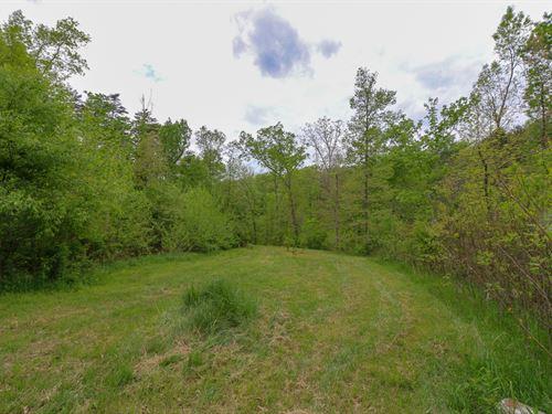 Sr 93, 13 Acres : Logan : Hocking County : Ohio
