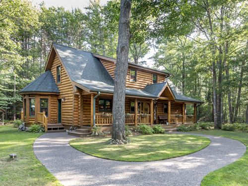 178482, Exquisite Log Chalet 14+ Ac : Washington : Vilas County : Wisconsin