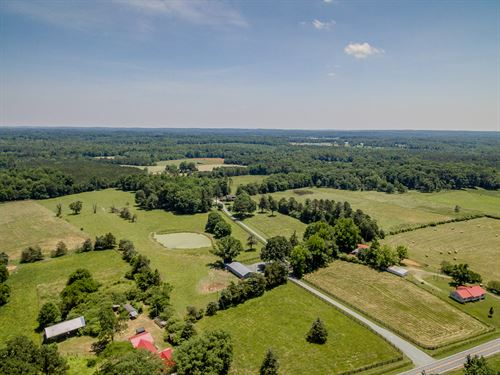 Beautiful Country Home and Acreage : Siler City : Chatham County : North Carolina
