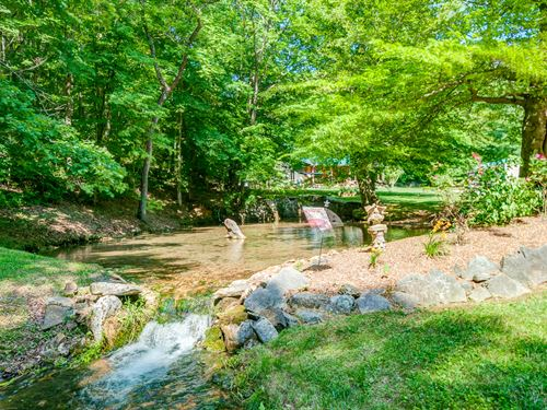 Gorgeous Home On Creek : Dickson : Tennessee