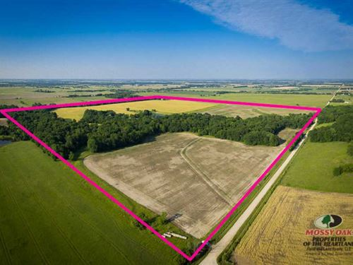 152 Acres Mixed Used in Woodson CO : Yates Center : Woodson County : Kansas