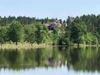 Lodge With Private Lake And Views : Poplarville : Pearl River County : Mississippi