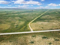 Road Frontage & Borders Blm Land : Rawlins : Sweetwater County : Wyoming