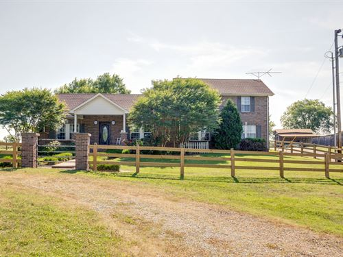 Exceptional Home Northern Maury : Columbia : Maury County : Tennessee