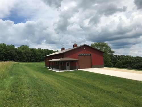 Extraordinary Rural Property : Dodgeville : Iowa County : Wisconsin
