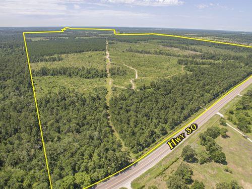 2200 Acres Sh 30 : Huntsville : Walker County : Texas