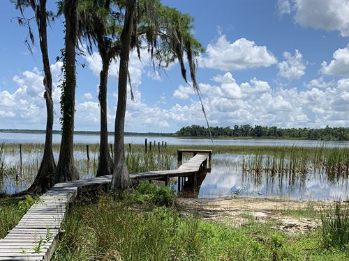 Lake Gentry Lakefront : Saint Cloud : Osceola County : Florida