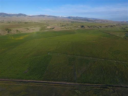 Stunning 320-Acre Ranch Located : Crowheart : Fremont County : Wyoming