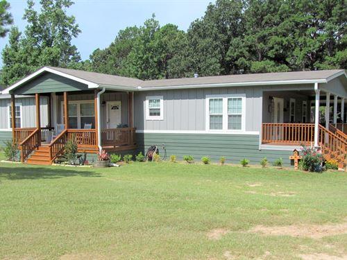 East Texas Homestead 24.5 Acres : Winnsboro : Wood County : Texas