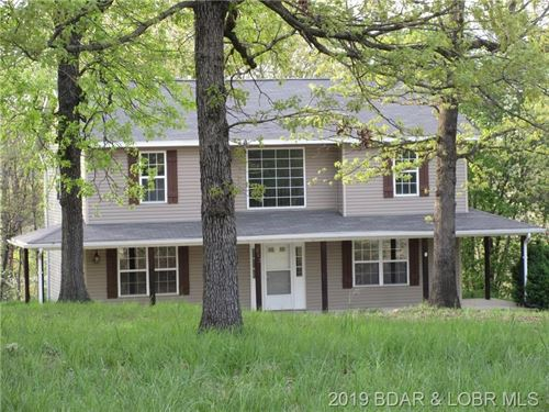 Country Home on Acreage : Linn Creek : Camden County : Missouri