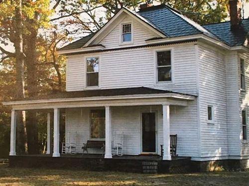 Under Contract, 12 Acres of Resid : Kenbridge : Lunenburg County : Virginia