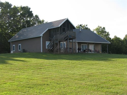 Missouri Ozarks Ranch And Home : Drury : Douglas County : Missouri