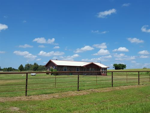 Country Home With Acreage For Sale : Antlers : Pushmataha County : Oklahoma