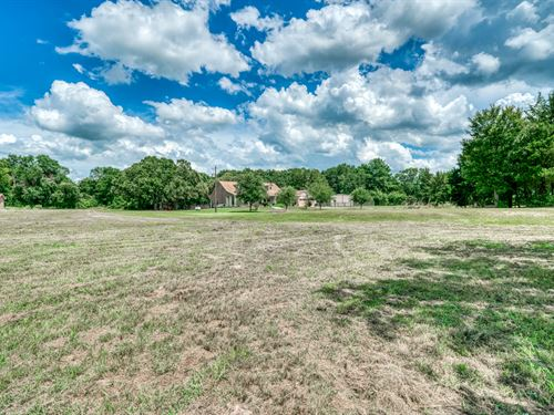 6.7 Acres, Country Living : Normangee : Madison County : Texas