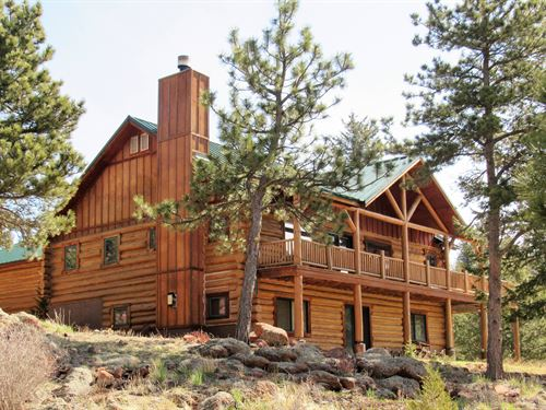 Cap Rock Retreat : Livermore : Larimer County : Colorado