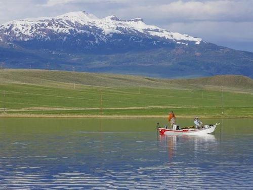 Cody Oar Lock Ranch Lake Resort : Cody : Park County : Wyoming
