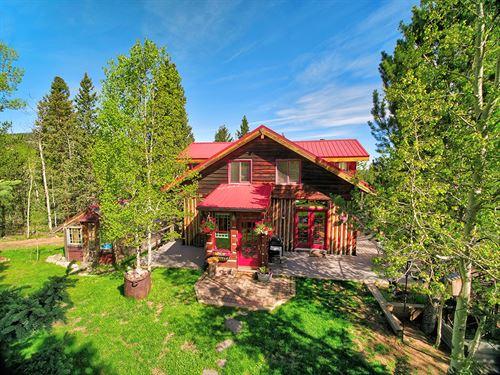 Mountain Retreat at Rhyolite : Cripple Creek : Teller County : Colorado