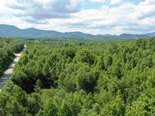 Beautiful Mountain Views : Landrum : Greenville County : South Carolina