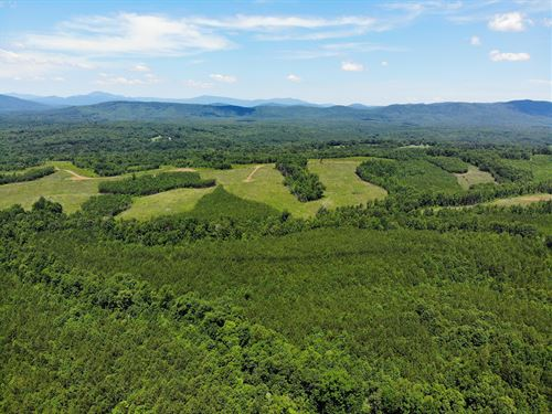 Two Creeks / Green Mountain Package : Scottsville : Albemarle County : Virginia