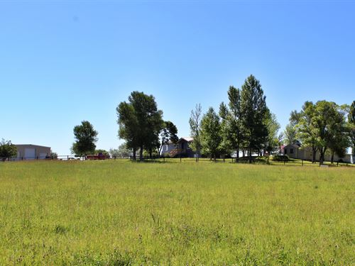 Paradise Valley Home & Acreage : Riverton : Fremont County : Wyoming