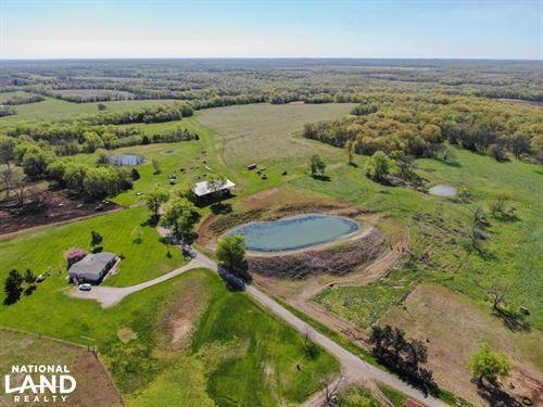 Bourbon County Combo Farm And Home : Fulton : Bourbon County : Kansas