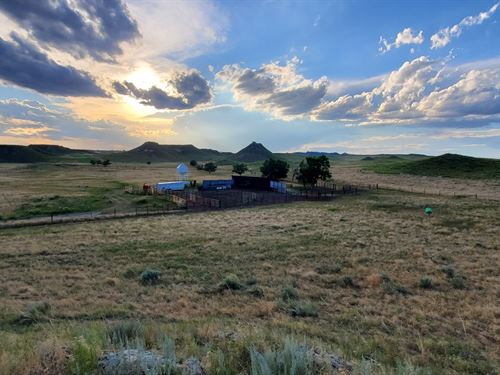 Starburst Ranch : Fort Laramie : Goshen County : Wyoming