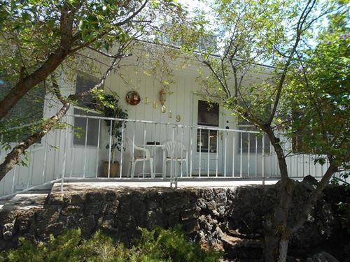 Wonderful Custom Built Home : Klamath Falls : Klamath County : Oregon
