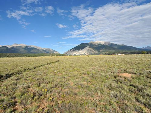 9015078, Huge Views Of Chalk Cliff : Nathrop : Chaffee County : Colorado