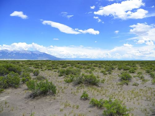 Play In The Great Sand Dunes : Mosca : Alamosa County : Colorado