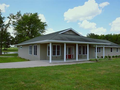 Ideal 3 Bedroom, 4 Bath Country : Dundas : Richland County : Illinois