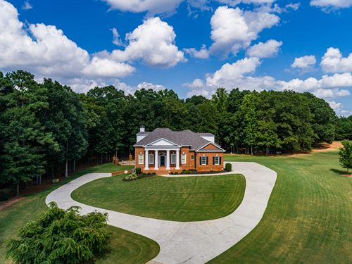 Stunning 7Br Home, Pool : Social Circle : Walton County : Georgia