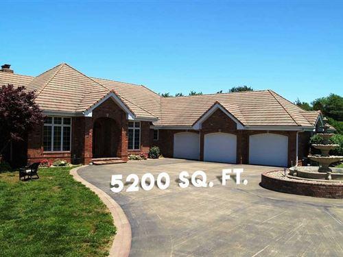 Custom Home on 15 Acres in Hickory : Urbana : Hickory County : Missouri