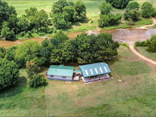 630 Acre Working Cattle Ranch : Hardy : Sharp County : Arkansas