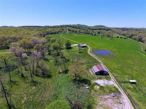 Farm Near Bradleyville, Missouri : Bradleyville : Taney County : Missouri