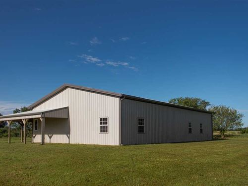 Newer Home on 5 Acres With Option : Walnut : Neosho County : Kansas