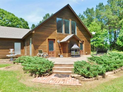2 Bed/2 Bath Cabin Style Home : Tylertown : Walthall County : Mississippi