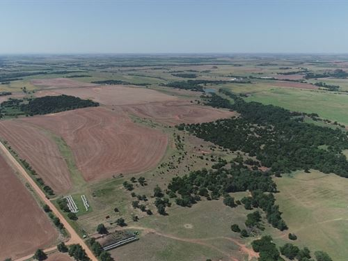 432 +/- Acres In 3 Tracts : Hydro : Caddo County : Oklahoma